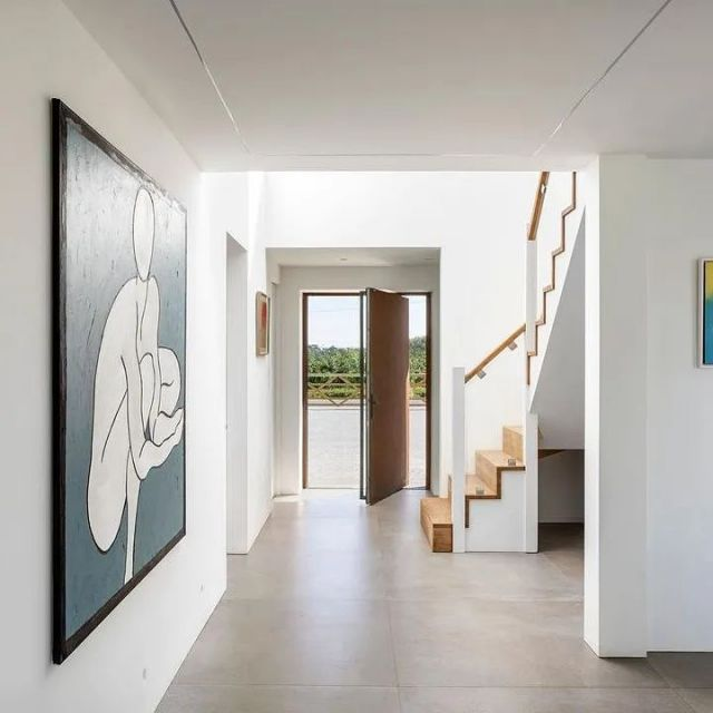 Lovely view through the hallway of our recently completed Chiltern View New Build project  #tgcbuilders #lynnpalmerarchitects  #beselectrical #chilternview2.0 #builditawards2021  #newbuildhome  #nothingistoomuch  #architecture #designinspiration